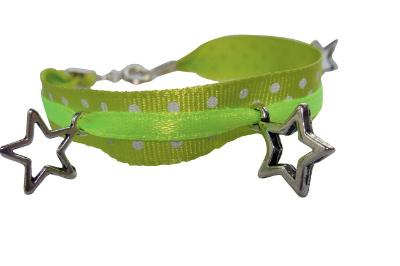 Bracelet ruban avec pendentifs